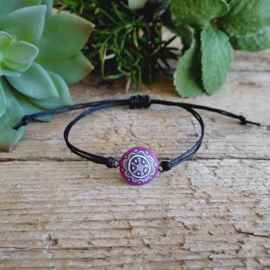 Roza mandala minimalistična zapestnica na vrvici
