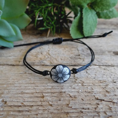 Black Minimalist String Bracelet with a Flower Charm