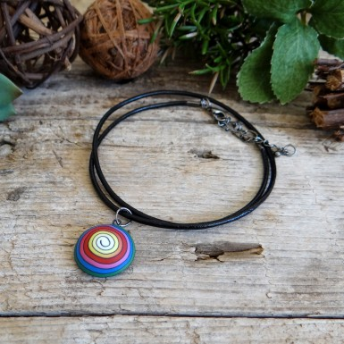 Unique Colorful Spiral Choker Necklace With a Round Pendant