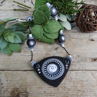 Long Black and White Necklace with a Spiral Pattern