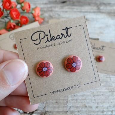 Ročno izdelani majhni rdeči uhani rožice