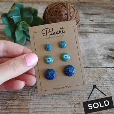 Three pairs of resin stud earrings (Clearance sale)